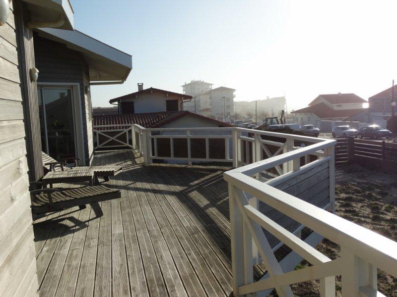 Villa face a l 39 ocean vue mer hossegor plages terres for Acheter maison hossegor