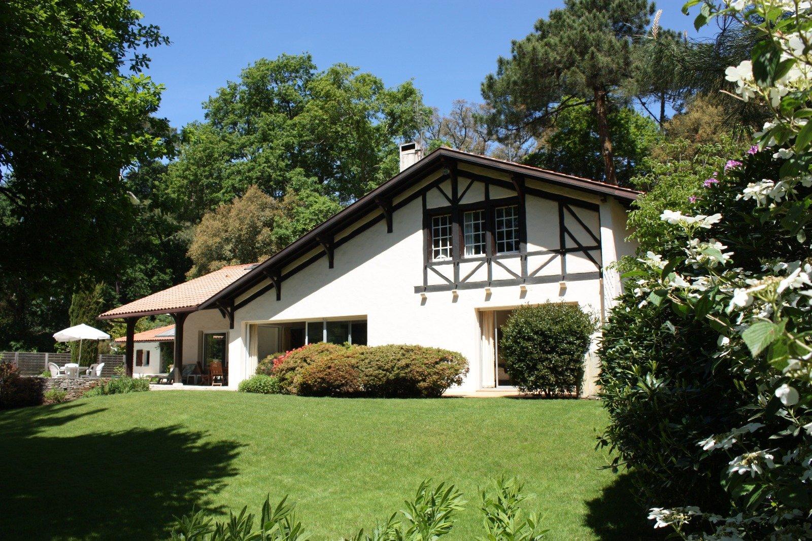 Maison de charme avec acces direct sur le golf d 39 hossegor for Acheter maison hossegor