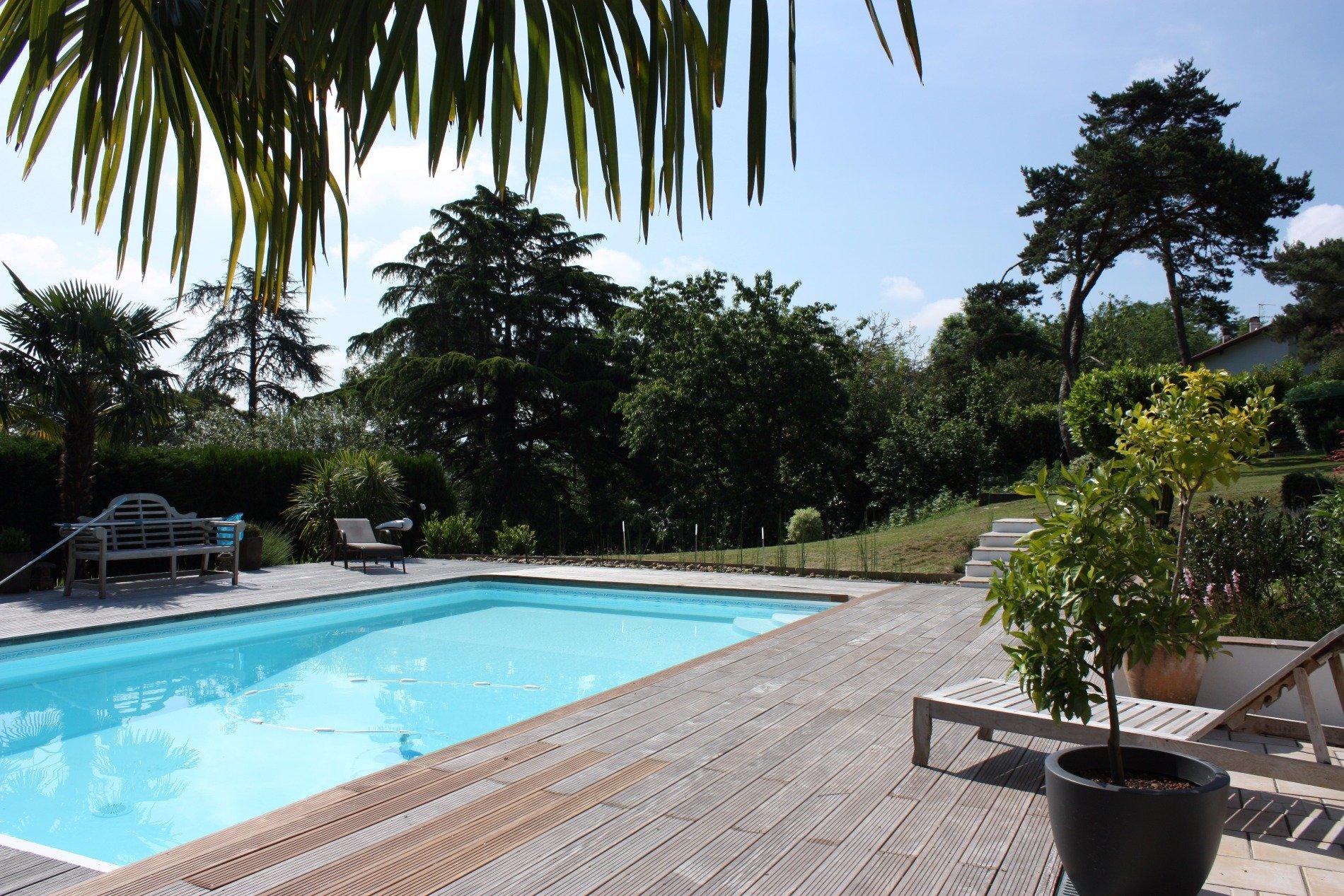 A 15 minutes des plages de biarritz et anglet propri t for Piscine ustaritz